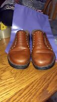 Clarks Womens Brown Leather Slip Ons Slides sz 9 M Mules Loafers Casual Shoes