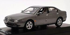 Solido 1/43 Scale Model Car 1551 - 1999 Alfa Romeo 166 - Metallic Grey