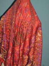 Etole vintage C.D Italie laine soie rouge imprimé cachemire136x136