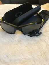 Oakley Sunglasses Straight  LIVESTRONG, (case not included)