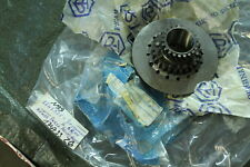 N99) Vespa PX 100 E P125X VNX1T Kupplung Zahnrad 1747335 Z 21 / 26 PX 150 Lusso
