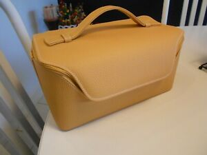 """estee lauder carry bag/cosmetic case zippered vg++ condition 12"""" x 6 1/2"""" x 5 1/"""