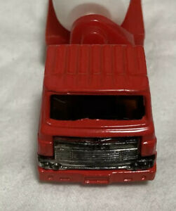 Toy minicar mixer truck red white working car truck