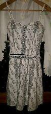 WOMENS Sz 10 cream & black ALIVE GIRL floral dress LOVELY! WITH BELT! SIDE ZIP!