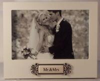 Mr & Mrs Wedding Frame 6x4 inch 14cm x 17.25cm