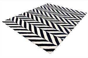 Chevron Checker Black & White Loop Hand-Tufted 100% Wool Soft Area Rug Carpet