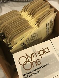 26 Vintage Electrolux Olympia One Vacuum Bags & Manual