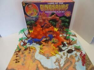 Land of the Dinosaurs 1991 Playset 100% Complete w/ Extra Cavemen Marx Molds