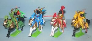 BRITAINS 4 MOUNTED BANNER KNIGHTS 7914 FIGURES MADE IN CHINA IN 1971