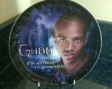 More details for buffy the vampire slayer angel series 1 gunn  8 inch collectors plate boxed