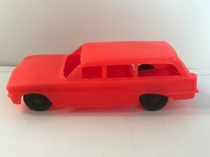 Processed Plastic Co. Station Wagon Bear Lake Lodge 1960's Decal  Red W1