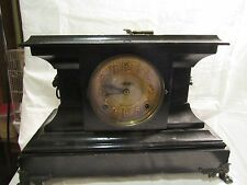 VINTAGE BLACKWOOD LIONS HEAD MANTLE CLOCK