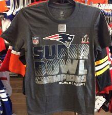 New England Patriots Super Bowl LI Champions Trophy Collection T Shirt Medium