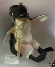 COUNTRY ARTISTS  A BREED APART PENGUIN 'PERCY THE PENGUIN SITTING' CA06449 MINT