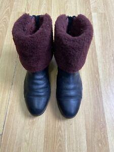 UGG Australia Women's Black Sheepskin Soft Leather Rare Boots UK Size UK 7.5