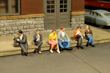 O SCALE Bachmann Seated Platform Passengers Scene Scapes