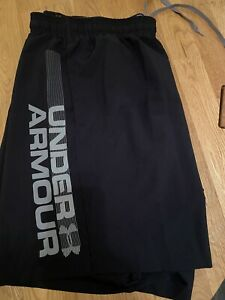 Under Armour Mens Black XXL Shorts Used