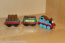 Thomas The Tank Engine take n play diecast CHOCOLATE THOMAS + Cargo Cars