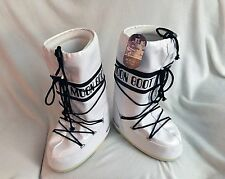 TECNICA MOONBOOT Moon Boot white Vinil, EU 43/44, Woman's SZ 9-10.5 US