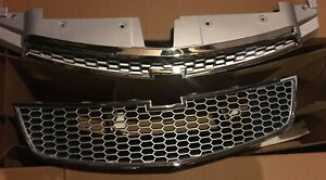 Grille Upper and Lower Chrome with Gray Mesh Chevrolet Cruze 11 - 14 GM 19258214