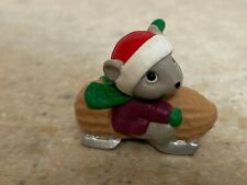 Hallmark 1992 Christmas Merry Miniature Mouse in Peanut Car with Gold Sticker