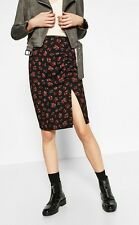 🌻 Zara Black Floral Pencil Skirt With Slit BNWT Size S 8341/156