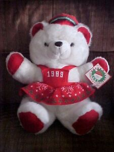 """1989 White Female Red Christmas K-Mart Bear With Tags K-Mart Co 20"""" Santa's Club"""