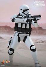 STAR WARS - Stormtrooper (Jakku Exclusive) 1/6th Scale Figure MMS333 (Hot Toys)