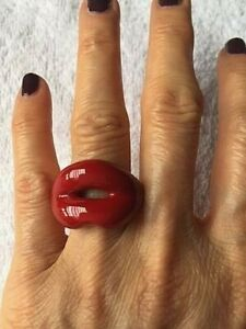 SOLANGE AZAGURY-PARTRIDGE RED HOT LIPS ENAMEL RING - SZ 4.5 - BNIB !!!