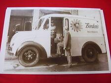 1950 'S 1960 'S DIVCO MILK TRUCK  BORDENS   BIG  11 X 17  PHOTO  PICTURE