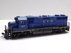 HO Scale - Atlas - Chesapeake & Ohio GP-38 Diesel Locomotive Train C&O #4823