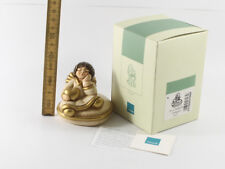 Thun === figürliche Keramik === Engel sitzend mit Herz