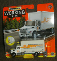 2021 MATCHBOX WORKING RIGS INTERNATIONAL MV BOX TRUCK 1/16 SPEEDY DIECAST