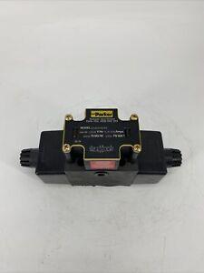 Parker D3W9CNYK5 Hydraulic Valve 120/60-110/50 V/Hz  .79-.93A 5000 PSI MAX PAB
