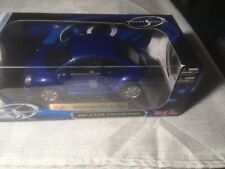 Maisto 1/18 Scale Diecast - 31875 Volkswagen New Beetle Metallic Blue