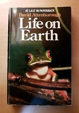 Life on Earth - David Attenborough (Paperback, 1981)