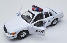 BLITZ VERSAND Ford Crown Victoria 1999 Police weiss Welly Modell Auto 1:34 NEU