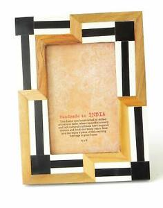 Photo Frame Contemporary Asymmetrical Design Wood and Black and White Resin 4x6