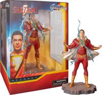 Zachary Levi as SHAZAM ! DC COMICS Movie pvc Statue Diamond Select Toys Gallery
