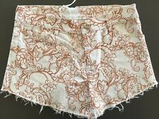 BNWT Ladies White And Brown MAURIE & EVE Denim Shorts Size 8 Floral Cut Offs