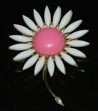 VTG CROWN TRIFARI White Pink Acrylic Daisy Flower Large Pin Brooch