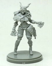 PRIMAL HUNTRESS PINUP - KINGDOM DEATH MONSTER miniature figurine hard PLASTIC