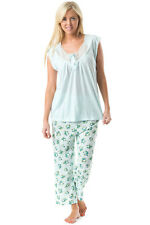 Casual Nights Women's Sleeveles Floral Lace Capri Pajama Set