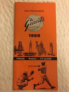 1969 SAN FRANCISCO GIANTS Media Guide WILLIE MAYS Willie McCOVEY Juan MARICHAL