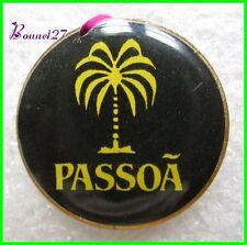 Pin's Boisson Alcool Le PASSOA avec un Palmier #1172