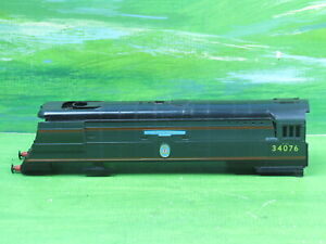 Hornby R074 Battle of Britain Class loco body 41 Squadron 37076 with screw