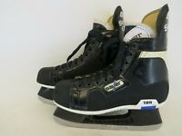 Bauer Supreme Classic 100 Black Hockey Ice Skates Youth Size 3.5 D