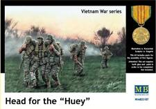 Master Box 1/35 Head for the Huey US Soldiers Vietnam # 35107