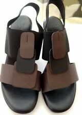 Rapisardi Ron White Fatima Coffee / Black heels