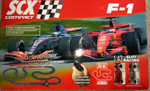 SCX COMPACT F1 1:43 SCALE SLOT RACING FORMULA 1 SUPERSPEEDWAY RACE TRACK SET